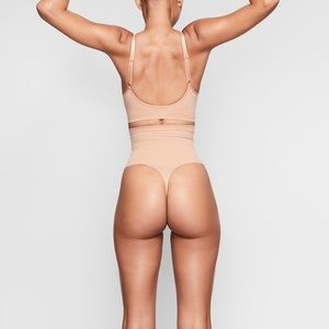 Skims by Kim Kardashian Core Control Thong Ochre